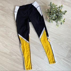Splits59 athletic leggings size small